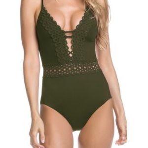 Becca Siren One Piece Ringlet Swimsuit Green Med